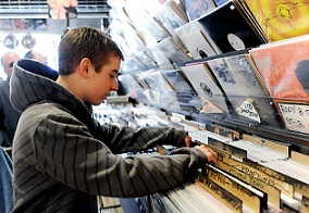 EMI Quits Selling CDs to Indie Record Stores