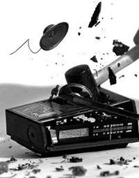 smashed_radio_crop