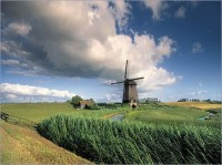 2497555-Typical_Dutch_Landscape-Netherlands